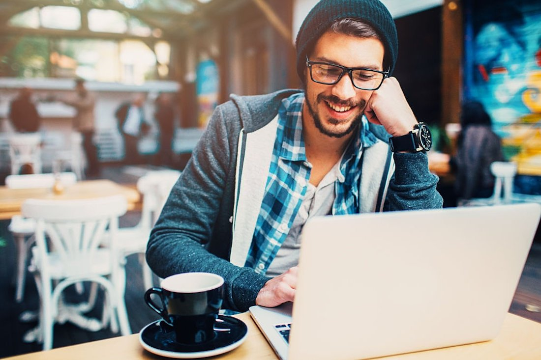 Você deve conectar seus dispositivos ao Wi-Fi gratuito