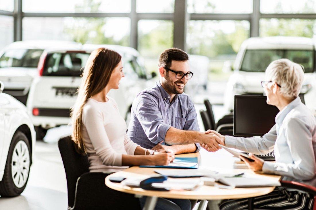 Como negociar melhor preço de um carro novo ou usado