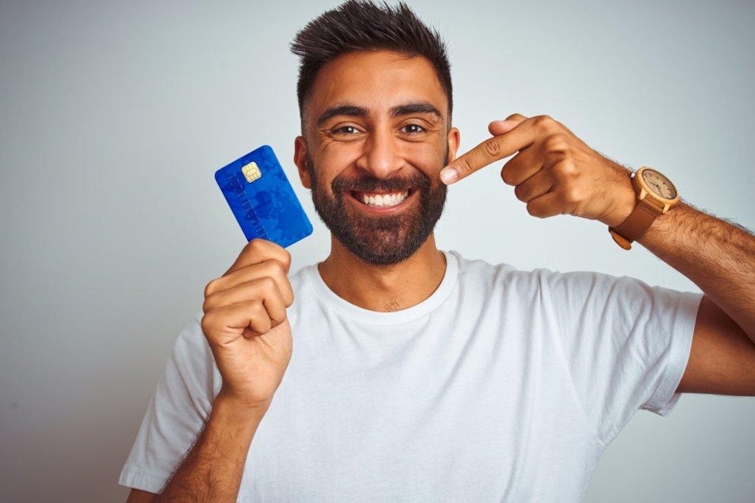 Veja qual a melhor maneira de solicitar um cartão de crédito