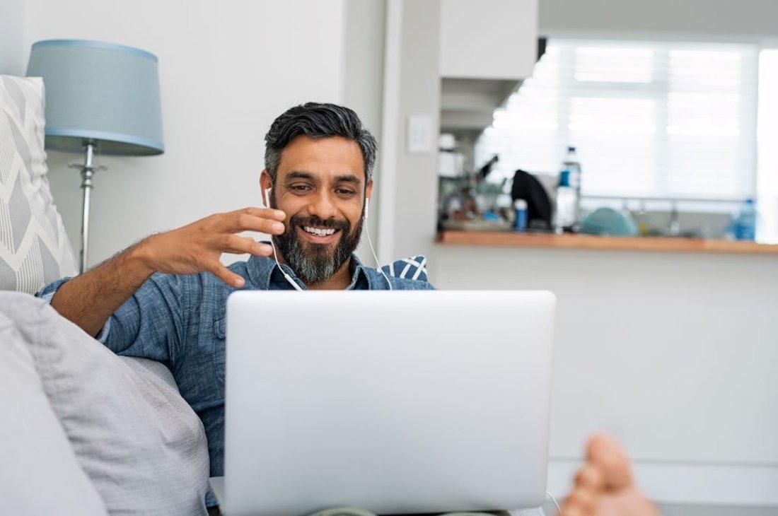 Prós e contras de trabalhar em casa pela Internet